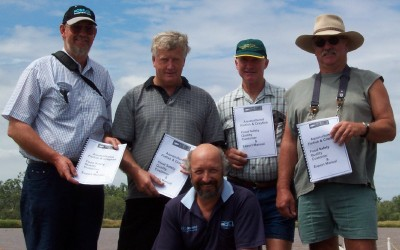 Growers sign up for the new plan on a field day in Dalby March 21st 2004